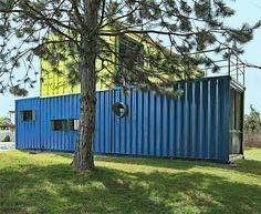 A casa experimental do arquiteto Daniel Corbas foi criada a partir de 4 cont�...
