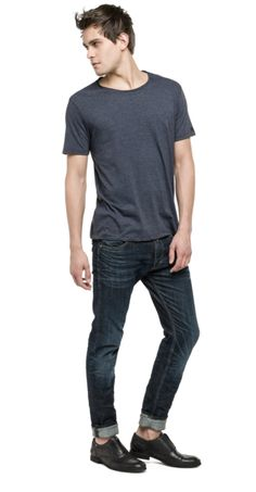 T-shirt with raw-edge neckline