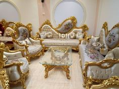Royal Furniture, Victorian Furniture, Classic Furniture, Bed Furniture, Home Decor Furniture, Luxury Furniture, Vintage Furniture, Diy Home Decor, Furniture Design