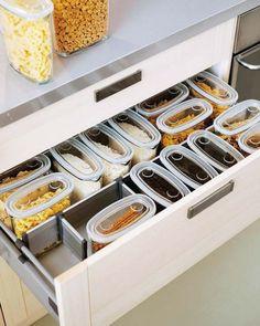 küchen schubladen mit ordnungssystem für töpfe und pfannen ... - Schubladen Ordnungssystem Küche