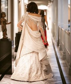 Bringing sexy back! For couture appointment Indian Wedding Gowns, Indian Gowns Dresses, Indian Bridal Outfits, Indian Fashion Dresses, Bridal Robes, Bridal Dresses, Bridal Bouquets, Wedding Dress, Sexy Back