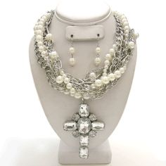 Clear Vintage Victorian Pearl Cross Necklace Set.-Clear, Vintage, Victorian ,Cross ,Necklace,pearl, Set