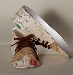 Zapatos-Shoes.  Artista Jennifer Collier  #Reciclaje #Arte