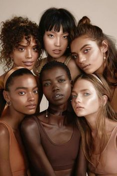 Shades and colours are beautiful especially blended together ???? #bodypositive #beauty #diversity #skintone #femalefaces #female #faces #queens