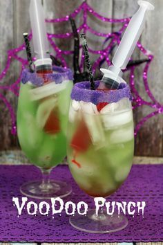Non-Alcoholic VooDoo Punch, Perfect Halloween Party Drink for the Kids. Halloween Party Drinks, Halloween Celebration, Halloween Desserts, Halloween Birthday, Halloween Cupcakes, Halloween Decorations, Haloween Drinks, Halloween Alcoholic Drinks, Non Alcoholic Drinks