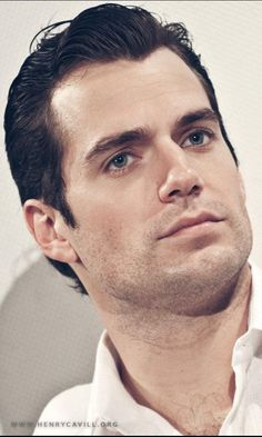 Henry Cavill, the killing look ;)