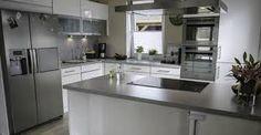 Bildergebnis für küche mit side by side kühlschrank