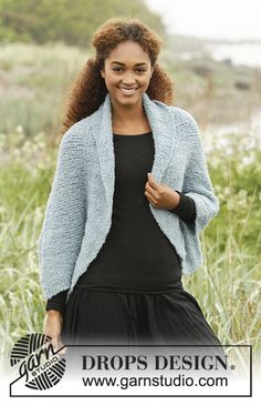 Nebula - Knitted shoulder piece in DROPS Alpaca Bouclé with wide edge in rib. Free pattern by DROPS Design