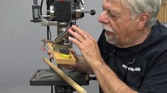 Woodworking School, Woodworking Machinery, Woodworking Classes, Woodworking Videos, Fine Woodworking, Woodworking Projects, Carpentry Tools, Basic Tools, Dremel