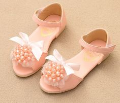 2ee411af6a Amazon.com: Wishwhat Toddler Little Kid Lace Deco Sandal Girl Shoes:  Clothing