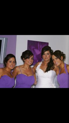 A wedding party. The bride had a 1 shoulder dress and wanted to wear her hair down, she we went with the hair to the opposite side that the dress strap was on, so you could still see the detail of her dress. Down Hairstyles, Wedding Hairstyles, Thing 1, Her Hair, Shoulder Dress, Bride, Detail, Party, How To Wear