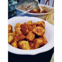 "Tofu ""chicken"" nuggets Tofu Chicken, Chicken Nuggets, Ethnic Recipes, Food, Chicken Fingers, Essen, Meals, Yemek, Eten"
