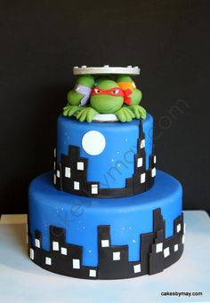 TMNT cake that B chose - don't think it will happen Turtle Birthday Parties, Birthday Cake, Birthday Ideas, Turtle Party, 5th Birthday, Tmnt Cake, Superhero Cake, Character Cakes, Just Cakes