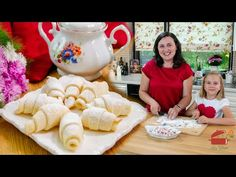 How to easily make delicious Crescents Pastries? Romanian Desserts, Sweets, Videos, How To Make, Food, Noodles, Baking, Sweet Pastries, Goodies