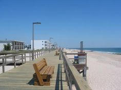Beachfront vacation rentals in Bethany give you a front-row seat to the beach and boardwalk that make Delaware such a fun destination!