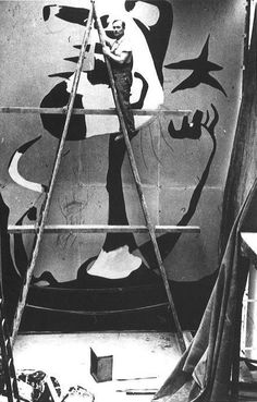 Joan Miró painting 'The Reaper' at the Paris International Exposition, 1937. Courtesy Archives Successió Miró. Backstory to The Reaper.... http://galleryoflostart.com/blog/artist/joan-mir%C3%B3/the-reaper/