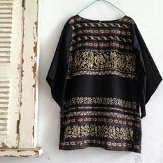 Tenun blouse by Nima
