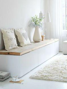 meuble besta ikea bois design idée fleurs coussins tapis de sol design