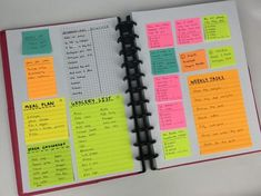 Planning the entire week using only sticky notes Planners in 52 Weeks – Week – All About Planners - New Sites College Organization, Binder Organization, Organizing, Planner Pages, Printable Planner, Printable Calendars, Planer Organisation, Bullet Journal Ideas Pages, Bullet Journals