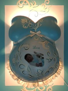 Bellycast in türkis - lightend ♥ >>> http://blog.babybauch-abdruecke.de/2013/01/einen-babybauch-gipsabdruck-einer.html