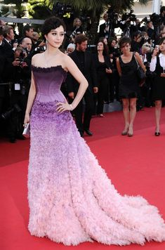 "Love purple ombre color- Actress Fan Bingbing attends ""The Artist"" premiere at the Palais des Festivals during the Annual Cannes Film Festival on May 2011 in Cannes, France. Purple Gowns, Purple Dress, Purple Ombre, Ombre Color, Jessica Chastain, Blake Lively, Bella Hadid, Couture Fashion, Fashion Show"