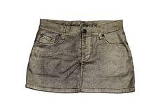 Minifalda tejana Corleone de color negro y dorado. Cierre de botón y cremallera. Cintura con trabillas, tres bolsillos delanteros y dos traseros. Glamour, Color Negra, Fashion, Bold Prints, Texans, Man Women, Zippers, Pockets, Black