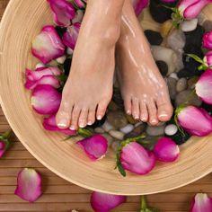 Foot Massage Đá Nóng, Ấn Huyệt Tại Sansho Spa - giảm giá 70% | KAY.vn
