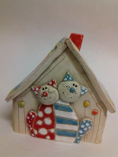 Prodané zboží od Akoča a Ufola / 2018 Polymer Clay Projects, Polymer Clay Art, Pottery Houses, Clay Cats, Diy And Crafts, Paper Crafts, Clay Animals, Paper Clay, Ceramic Clay