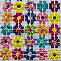 Cross Stitch Geometric, Tiny Cross Stitch, Cross Stitch Pillow, Cross Stitch Bookmarks, Cross Stitch Borders, Cross Stitch Flowers, Modern Cross Stitch, Cross Stitch Designs, Cross Stitching