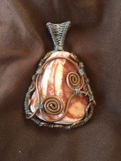 Seashell Jewelry, Wearable Art, Sea Shells, Brooch, Fancy, Etsy Shop, Trending Outfits, Pendant, Unique Jewelry