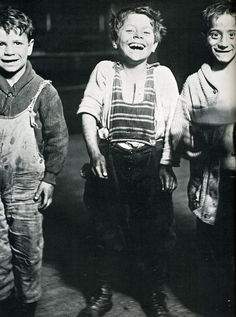 Happy street urchins, circa 1920