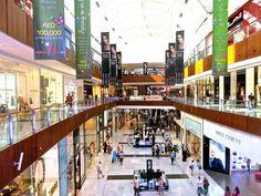 Dubai Mall - Lets go shopping!