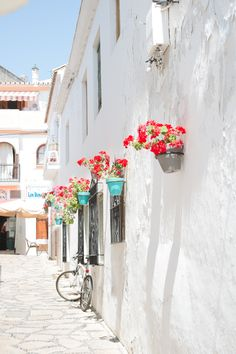 Photography : Claire Graham Read More on SMP: http://www.stylemepretty.com/living/2015/06/28/travel-to-spain/