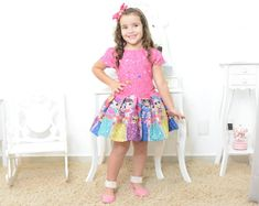 Get your cute little baby girls dressed for success! We offer a wide range of gorgeous party dresses for your baby girls' outfit needs (Birthday party dresses and casual clothes). Girls Party Dress, Baby Dress, Girls Dresses, Flower Girl Dresses, Summer Dresses, Fashion Kids, Short Niña, Vestidos Fashion, Moda Kids