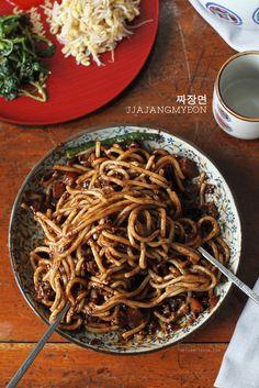 짜장면 Jjajangmyeon Recipe, Two Ways   Learn how to make this Chinese-Korean noodle dish featuring a thick stir-fried black bean sauce in two ways! On the blog! ;)