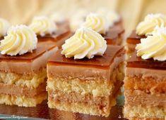 Kawowe ciasto z bitą śmietaną Polish Recipes, Coffee Cake, Cake Cookies, Vanilla Cake, Mousse, Creme, Food To Make, Sweet Tooth, Cheesecake