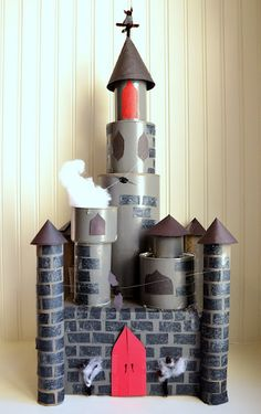 Today's Crafty Friday was going to be a tricked out repeat of a castle we made 3 years ago, that is, until my kids had another idea. Cardboard Rolls, Cardboard Castle, Cardboard Crafts, Toilet Paper Roll Crafts, Paper Crafts, Diy For Kids, Crafts For Kids, Castle Crafts, Fairy Tale Crafts