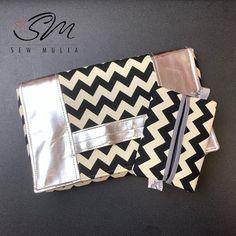 ummusaidah #clutchbag and #tissuecase set . . . #isewbags #sacotin #chevron #silvervinyl #localsg #madeinsingapore #madeinsg
