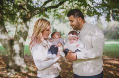 Twins Family Photos by Amanda Kay Photography