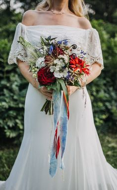 An Intimate Vintage Americana Anniversary Vow Renewal Country Wedding Photos, Country Wedding Dresses, Diy Your Wedding, Practical Wedding, Wedding Couples, Wedding Signs, Wedding Pinterest, Wedding Photography Poses, Cowboy Weddings