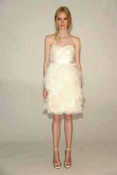 Vestido de noiva curto lindo da Marchesa!