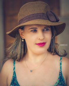 Female Portrait #ronnyvianafotografia #Photo #portraits #vsco #Brasil #Piracicaba #glamour #girl #elegant #fashion #retratosfemininos #fotos #moda #one #wear #casual (em Piracicaba, Brazil)