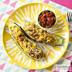 A no-fuss stuffing of turkey chili turns a humble zucchini into a satisfying meal. Top your boats with a dollop of salsa, a sprinkle of shredded cheese, or other favorite chili add-ins.                  Originally published in the August 2015 issue of FamilyFun magazine.