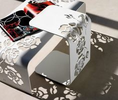 This modern feminine furniture collection from Italian company Vibieffe is tres chic! The Roses collection of chairs, tables and lamps by Corte Laser Metal, Metal Sheet Design, Sheet Metal, Laser Cut Steel, Laser Art, Laser Cut Patterns, Steel Art, Steel Furniture, Metal Chairs