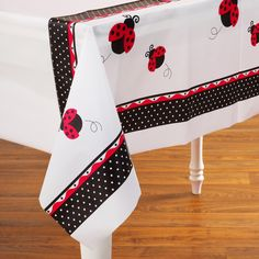 LadyBug Fancy Plastic Tablecover Includes (1) plastic tablecover that measures…