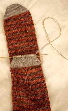 use dk or ww for toe and heels knitting-heel