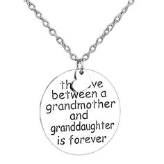 Love Between Grandmother Granddaughter Family Necklace - Limited Edition