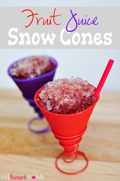 Dye-Free Fruit Juice Snow Cones ~ all natural, no food coloring Sno Cone Syrup, Sno Cones, Frozen Desserts, Frozen Treats, Best Fruit Cake Recipe, Dye Free Foods, Real Food Recipes, Easy Recipes, Summer Recipes