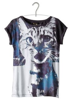 Tee shirt chat/cat by BIZZBEE