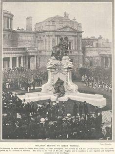 Monument to Queen Victoria Dublin Street, Dublin City, Vintage London, Queen Victoria, Ireland, Louvre, History, Architecture, World